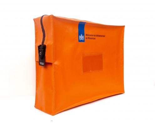 Posttassen (JPT-403020) geleverd aan het Ministerie van Infrastructuur en Waterstaat