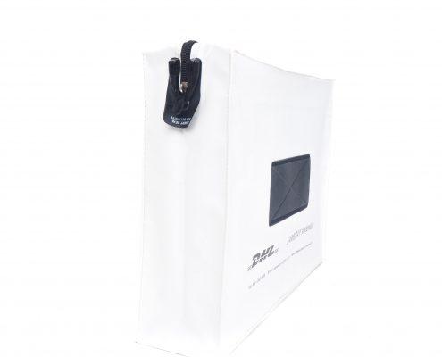 Posttassen (JPT-403020) geleverd aan DHL