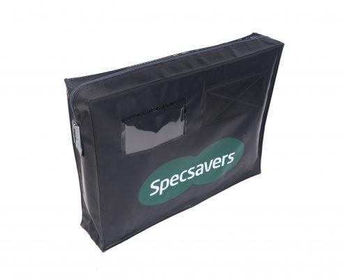 Posttassen (JPT-403020) geleverd aan Specsavers