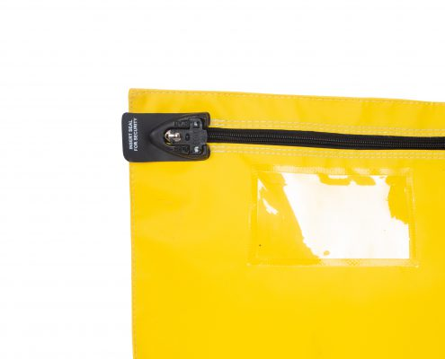 Postenveloppen (JPE-5338) geleverd aan BusinessPost